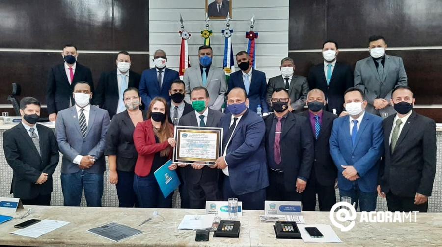 Imagem: homenagem Wellington recebe homenagem da Câmara Municipal de Rondonópolis