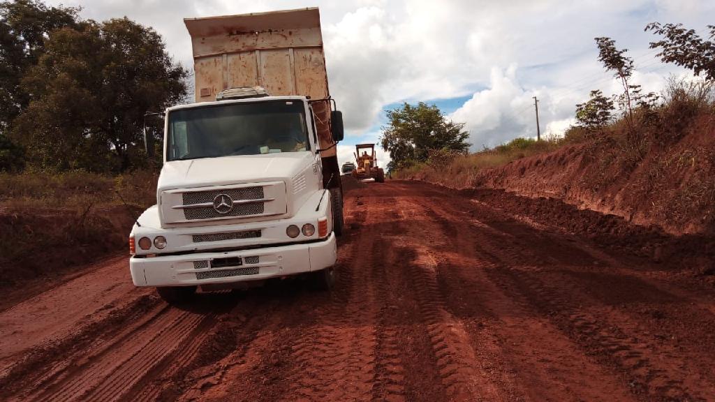 Imagem: mt 322 Governo finaliza manutenção emergencial e veículos pesados voltam a trafegar pela MT-322