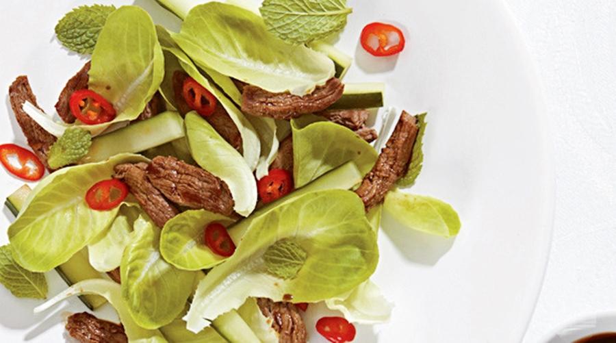 Imagem: receita salada crocante com file mignon Salada crocante com filé