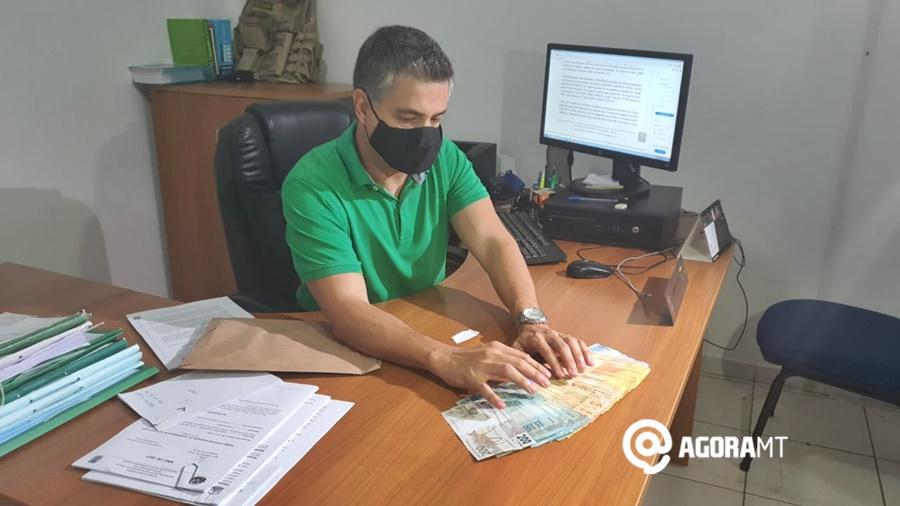 Imagem: trafico Lorraine Costa Polícia 'estoura' boca de fumo e apreende dinheiro do tráfico