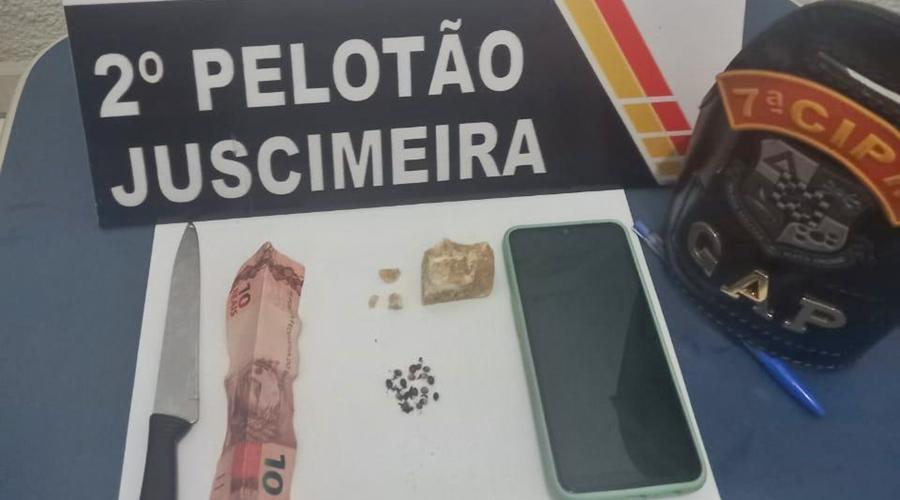 Imagem: 0e0a3a9a 5a15 4337 97d3 b851feb26aa3 Suspeito é detido por tráfico de drogas e confessa crime