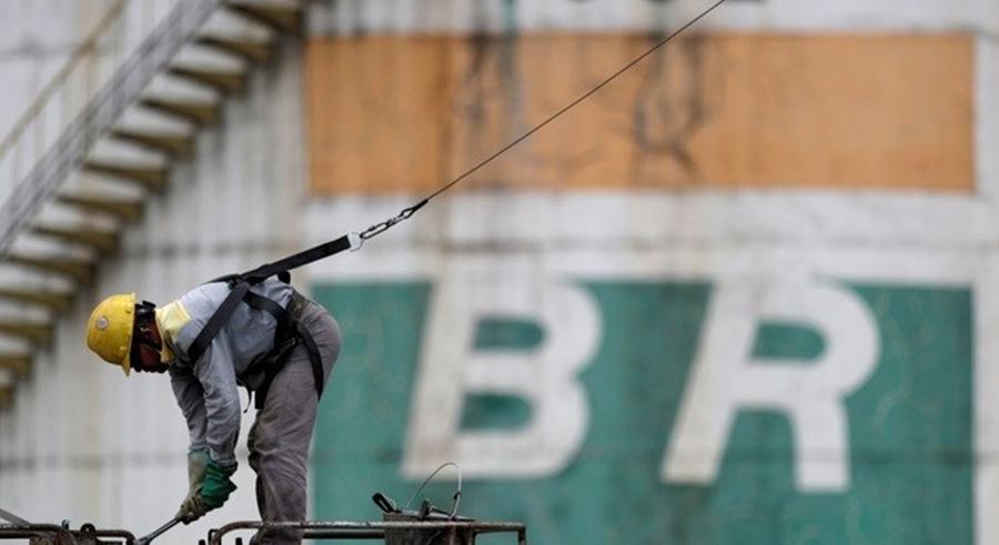 Imagem: 18 1 Petrobras bate recorde de vendas de diesel S-10