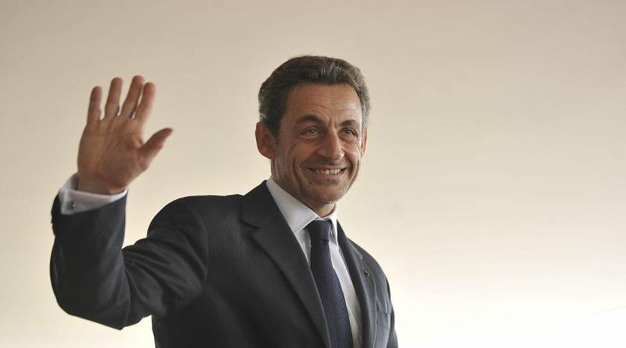 Imagem: 20 Ex-presidente francês é condenado à prisão por corrupção