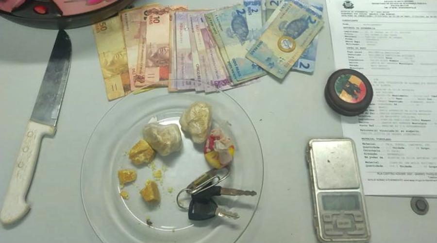 Imagem: 5b4cb617 5d3a 4979 a875 18a2c901dfb9 Suspeito de tráfico de drogas é detido em quitinete
