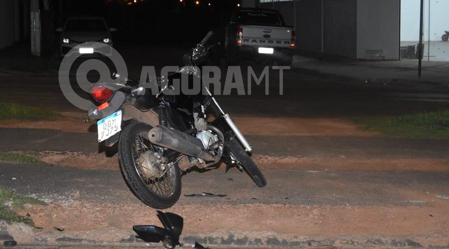 Imagem: Acidente entre caminhonete e moto Motociclista fica ferido em acidente com caminhonete em Rondonópolis