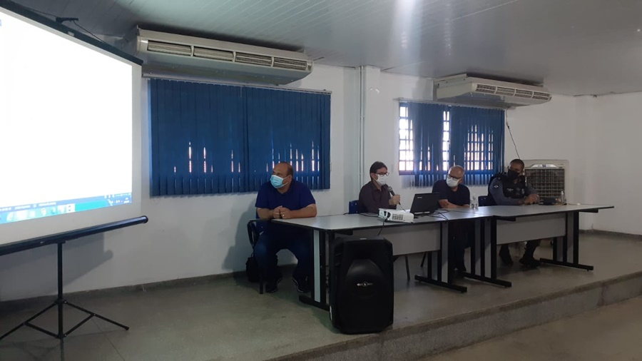 Imagem: coletiva realizada hoje Novo decreto proíbe venda e consumo de bebida alcoólica em Rondonópolis