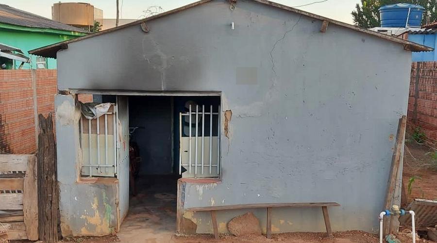 Imagem: faadeff2 c67e 4ee1 a2b4 41f96f3555d1 Casal é detido e confessa ter ateado fogo em casa de idoso