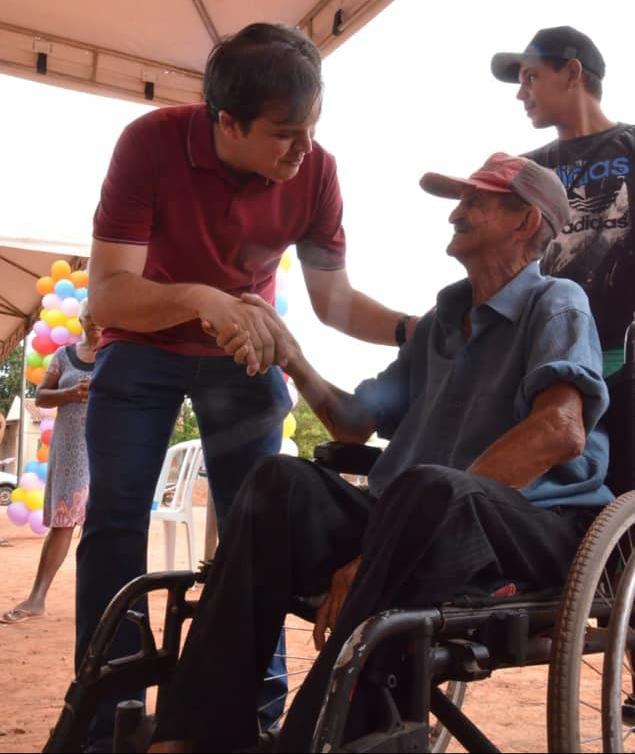 Imagem: tiago cadeirarodas Deputado pede que Estado crie banco comunitário de cadeira de rodas