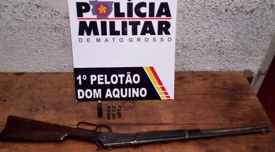 Imagem: 2fedf765 3ce7 4184 bdd4 a5e74450631b Após denúncia, PM apreende arma e nove munições