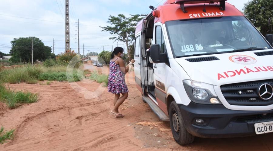 Imagem: A mulher se feriu ao tentar separar os cachorros Mulher é mordida por pitbull em Rondonópolis