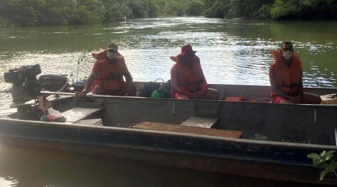 Imagem: Bombeiros atender a solicitacao de afogamento no Rio Corrente em Itiquira Bombeiros localizam corpo de jovem que morreu afogado no Rio Corrente