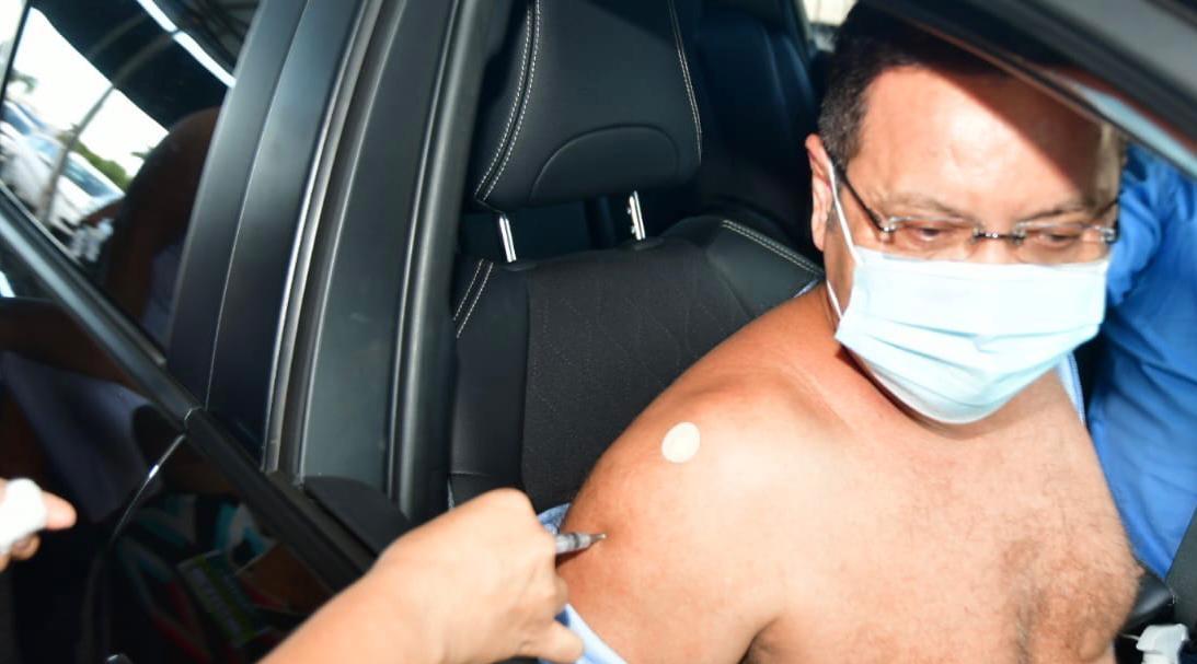 Imagem: Botelho vacina Botelho é vacinado contra Covid; 4 deputados já tomaram 1ª dose