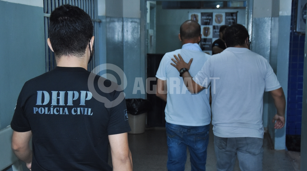 Imagem: DHPP prende suspeito de duplo homicidio Autor de duplo homicídio é preso pela Polícia Civil de Rondonópolis