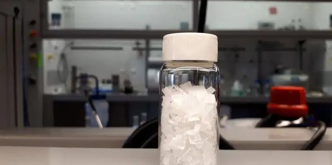 Imagem: PNG Cientistas criam método que converte plástico em combustível