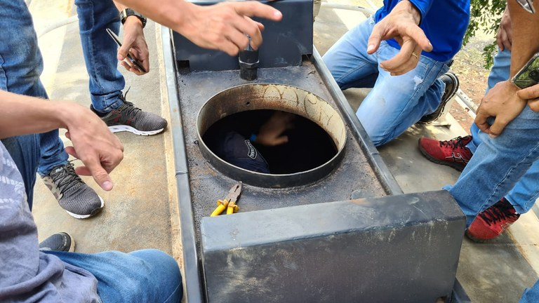 Imagem: PRF apreensao droga.jpeg4 Policiais encontram quase meia tonelada de cocaína em caminhão tanque