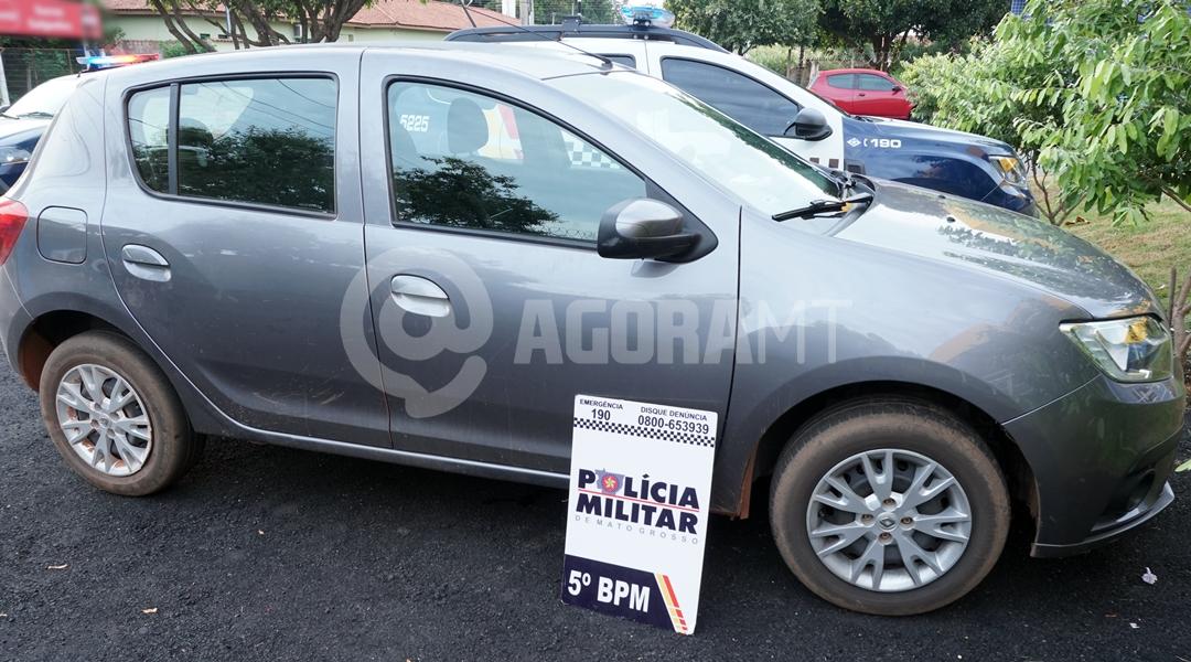 Imagem: Veiculos apreendidos com os suspeitos Quadrilha é presa e impedida de entregar celulares e drogas na Mata Grande