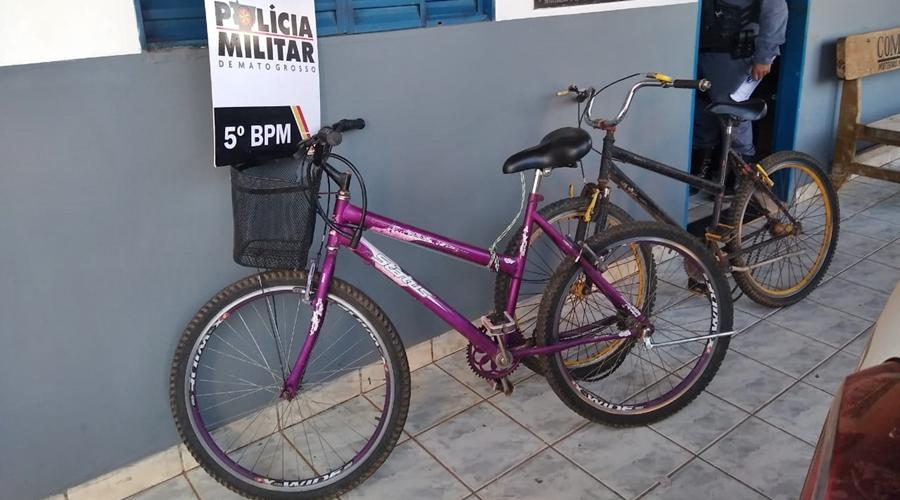 Imagem: bicicletas apreendidas Casal de adolescentes é apreendido e jovem preso após roubo a sítio
