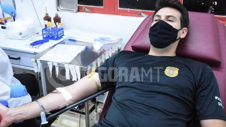 Imagem: doacao sangue policia civil foto varlei cordova 3 Investigadores doam sangue durante a 'Semana do Policial Civil 2021'
