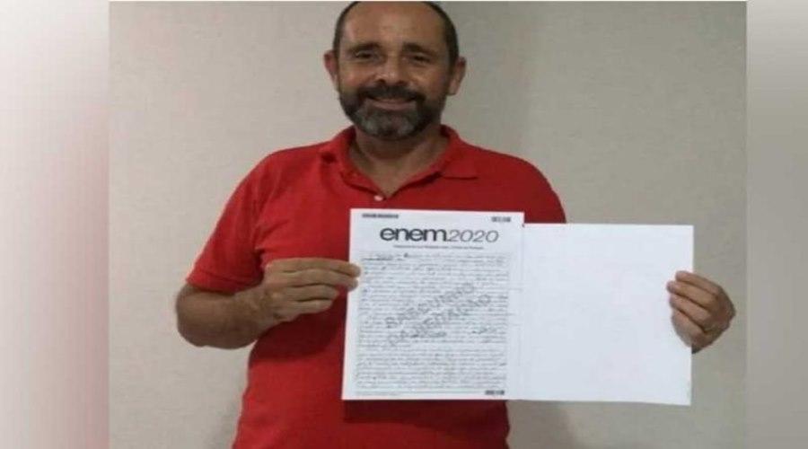 Imagem: ex morador de rua passa no enem Ex morador de rua se livra das drogas e tira 920 na redação do Enem