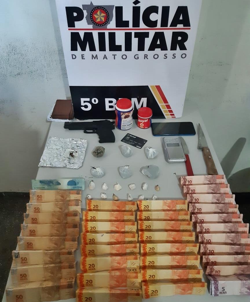 Imagem: 232720ec f301 4815 8d5c f5bed04cf973 Ponto de comercialização de drogas é desarticulado e homem é preso