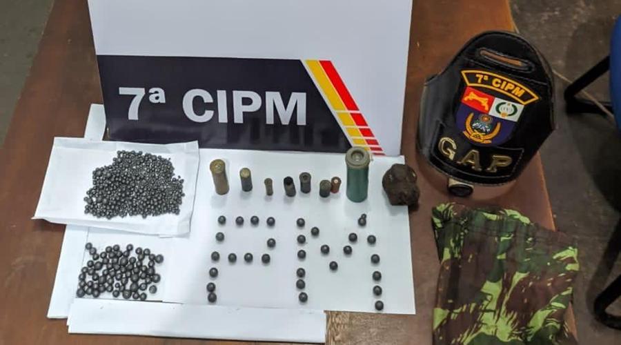 Imagem: 974f6e15 9e3b 4252 b636 6106b9e70197 Homem é detido por fabricação ilegal de munição e artefatos explosivos