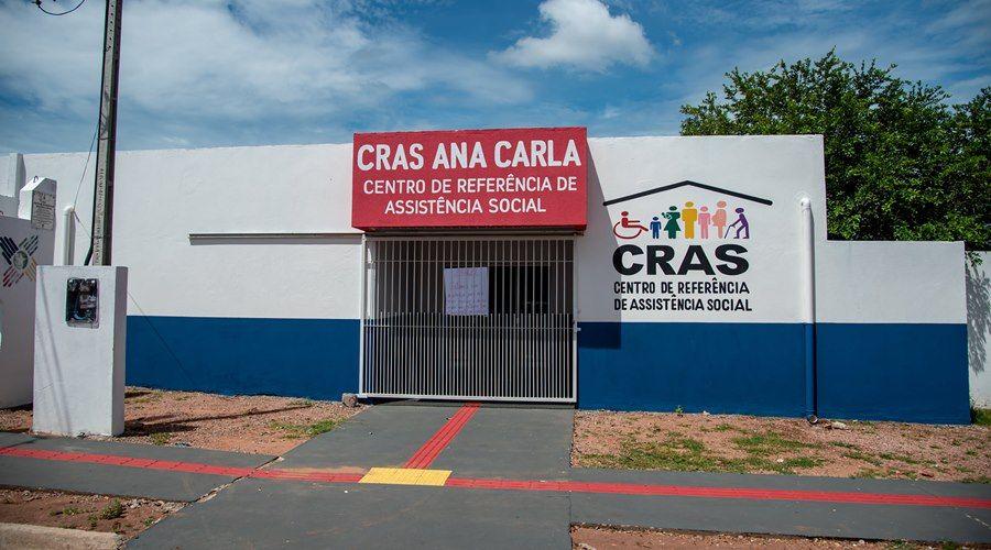 """Imagem: Cras Ana Carla Unidades do Cras funcionam neste sábado (8) para entrega do cartão """"Ser Família Emergencial"""""""