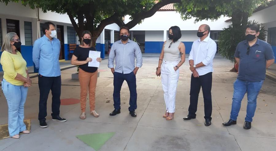 Imagem: Deputado Claudinei destina emenda de R 40 mil para o Centro de Habilitacao Deputado Claudinei destina emenda para o Centro de Reabilitação Louis Braille de Rondonópolis