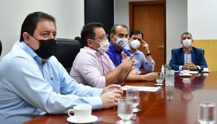 Imagem: Deputados e vereadores Vereadores de Rondonópolis pedem apoio a deputados para ampliar vacinação