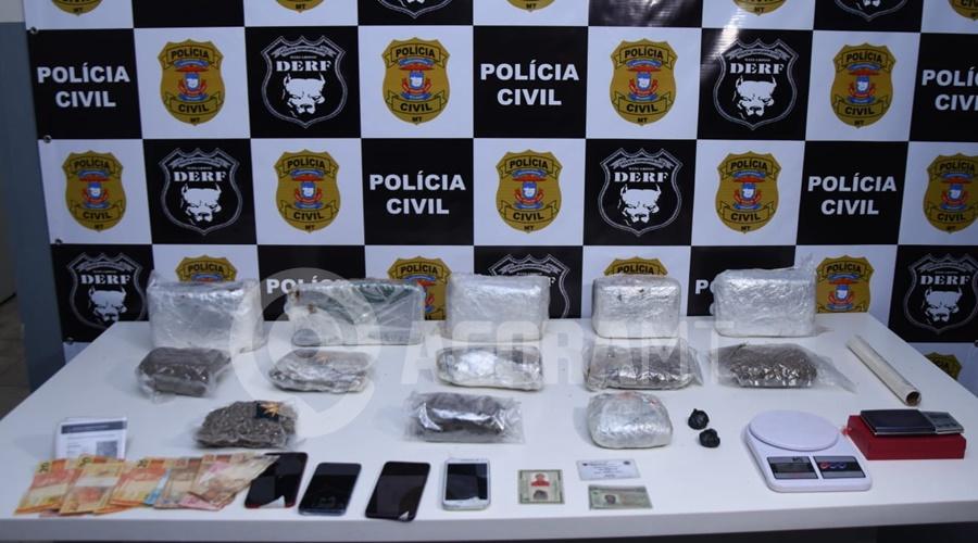 Imagem: Droga apreendida em duas residencias DERF faz busca domiciliares, localiza drogas enterradas e prende suspeitos do tráfico