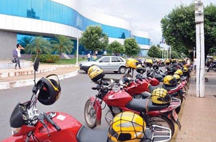 Imagem: Setrat convoca mototaxistas e taxistas para recadastramento anual