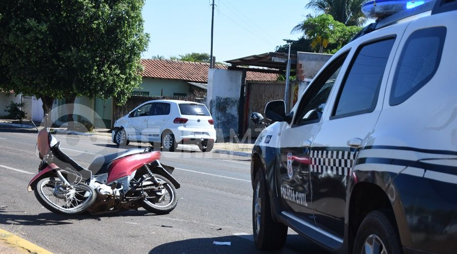 Imagem: Veiculos envolvidos no acidente Jovem é socorrida em estado gravíssimo após acidente em Rondonópolis