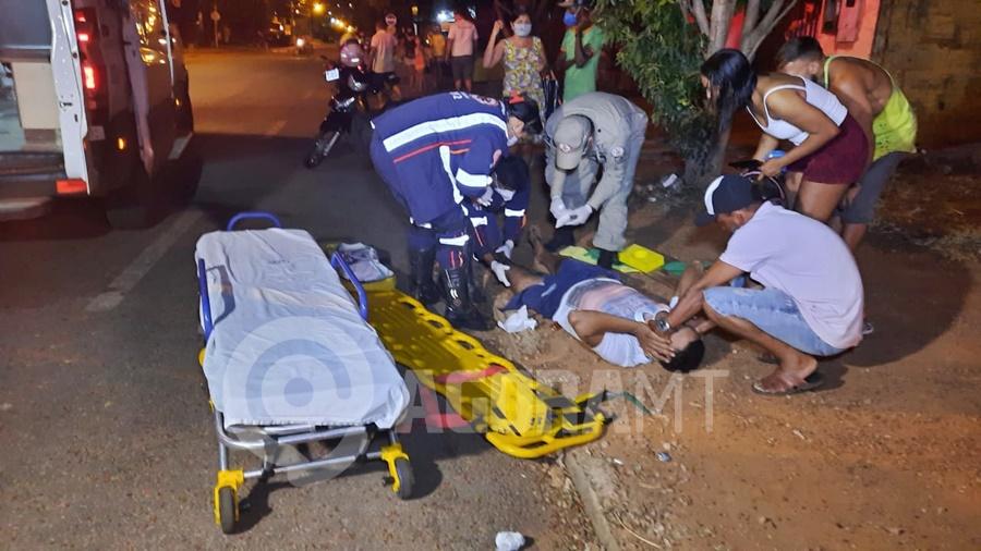 Imagem: acidente cidade natal Motorista invade preferencial, acerta motociclista e foge do local