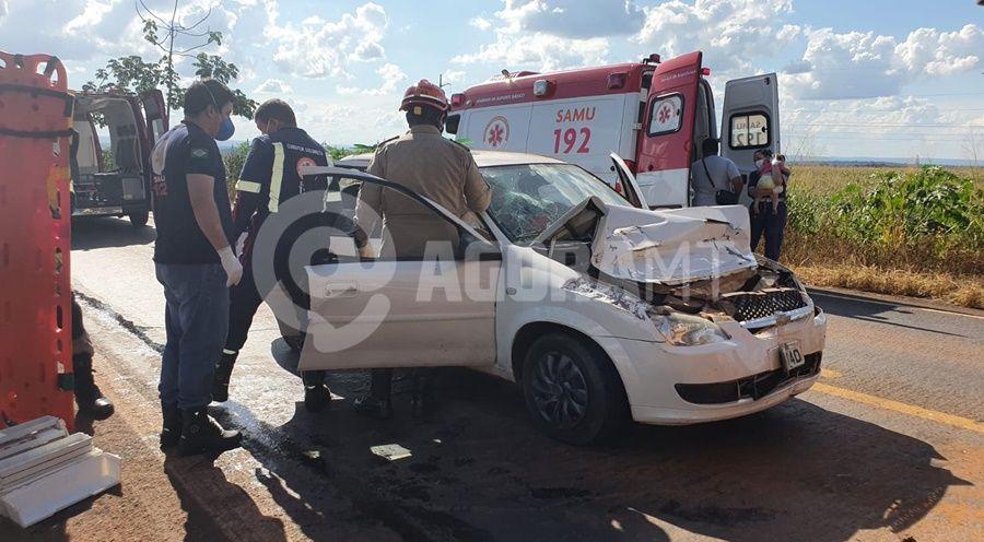 Imagem: asidente 2 tangara Caminhão freia bruscamente e causa engarrafamento na MT-358