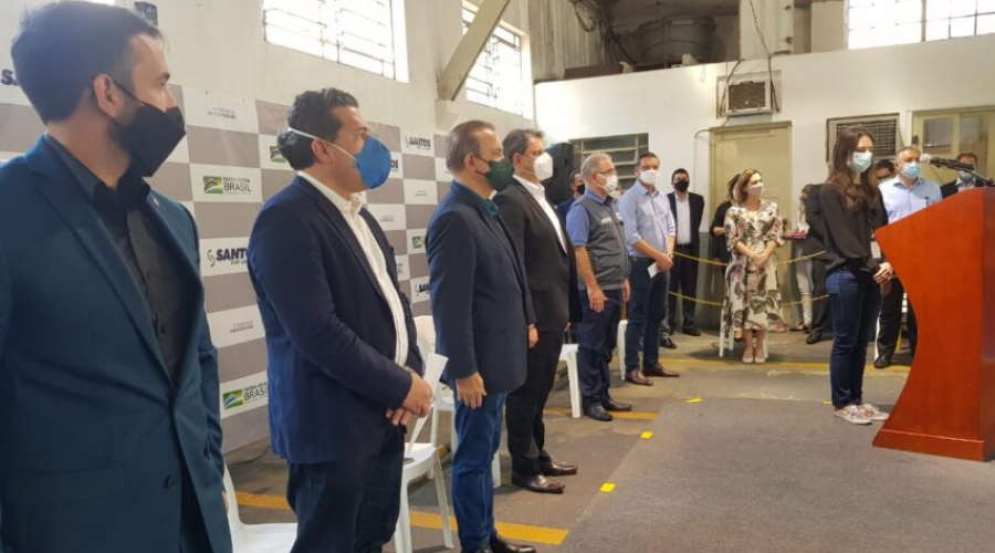 Imagem: evento ministeriosaude w Indústrias em breve produzirão vacinas contra Covid-19, diz Queiroga