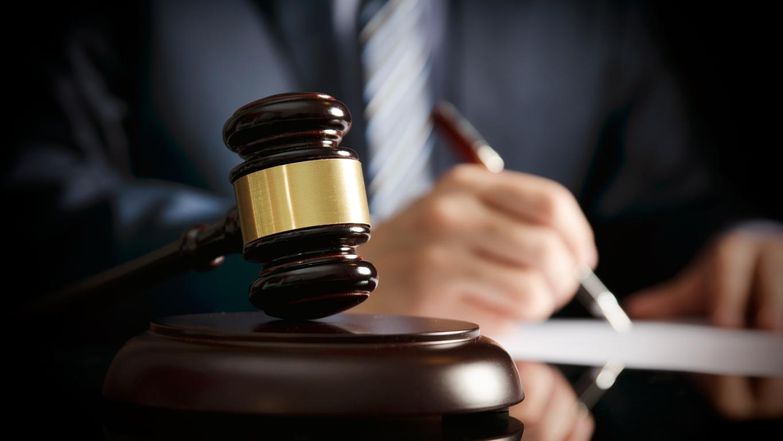 Imagem: image22441 Homem é condenado a 15 anos de prisão por matar travesti