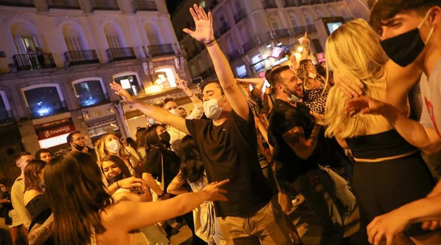Imagem: naom 60978ec449918 Bares, cinemas e teatros alargam horário em Madrid a partir de amanhã