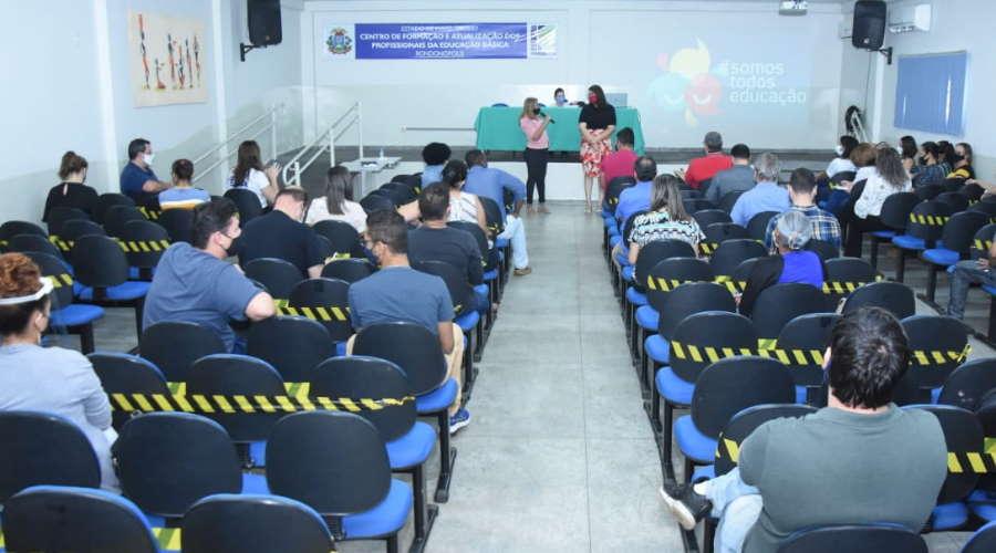 Imagem: palestra educ Educadores recebem treinamento para volta às aulas com segurança