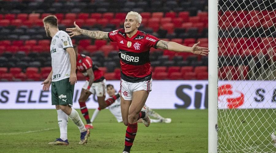 Imagem: pedro flamengo Flamengo vence Palmeiras na estreia do Brasileiro