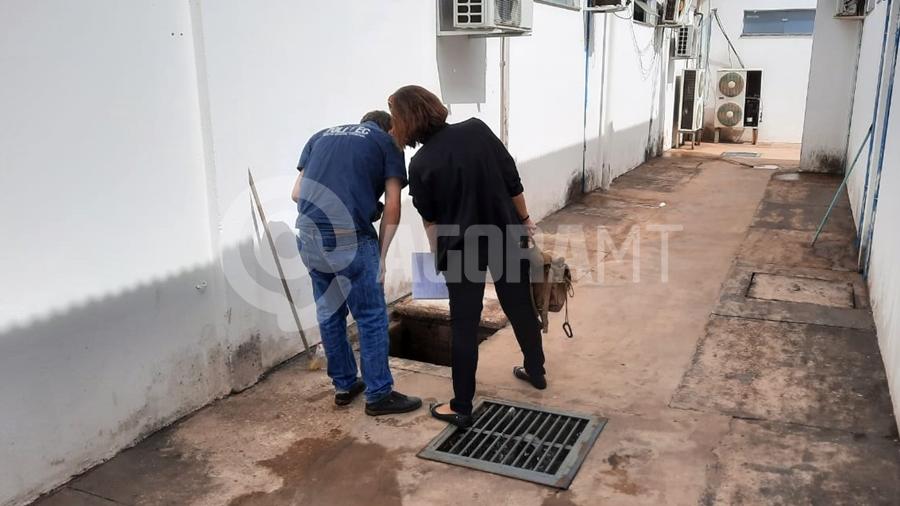 Imagem: politec upa feto Feto é encontrado em rede de esgoto da UPA