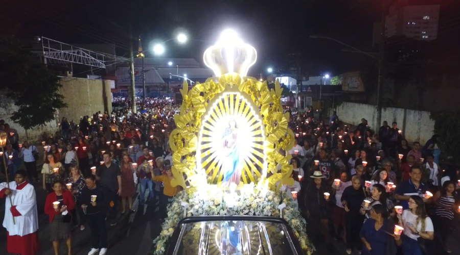 Imagem: procissao pmva Pandemia vai mudar tradicional 'Procissão Luminosa' em Cuiabá