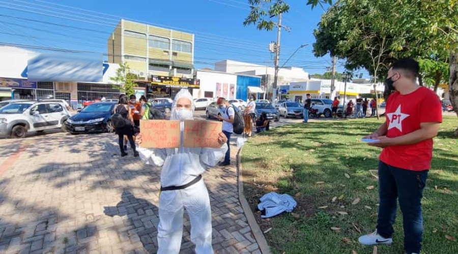 Imagem: protesto forbolsonaro roo. Manifesto em Rondonópolis atinge objetivos, dizem ativistas
