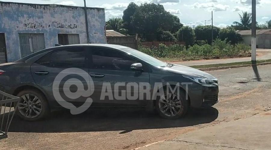 Imagem: Carro roubado recuperado pela PM Em menos de 24h, PM prende suspeitos e recupera carro roubado