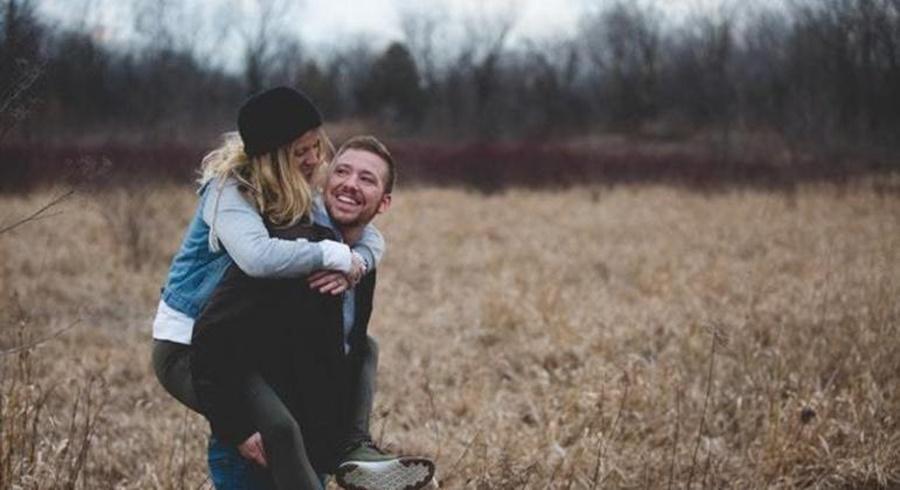 Imagem: Casal Entenda como funciona o cérebro de quem está apaixonado
