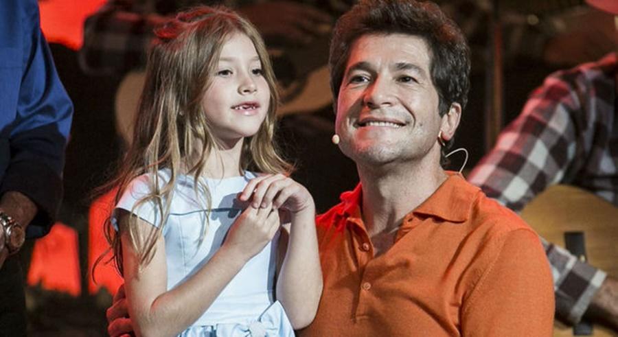 Imagem: Daniel filha Daniel se emociona com a voz impressionante da filha