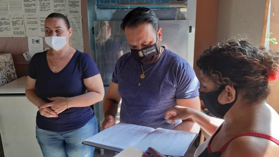 Imagem: Delegado Claudinei Deputado Claudinei visita Casa de Apoio em Ação de Rondonópolis