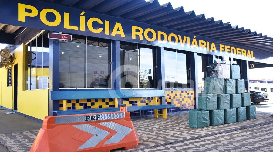 Imagem: Entorpecente apreendido pela Policia Rodoviaria Federal PRF encontra 466 kg de drogas em câmara fria e faz apreensão recorde