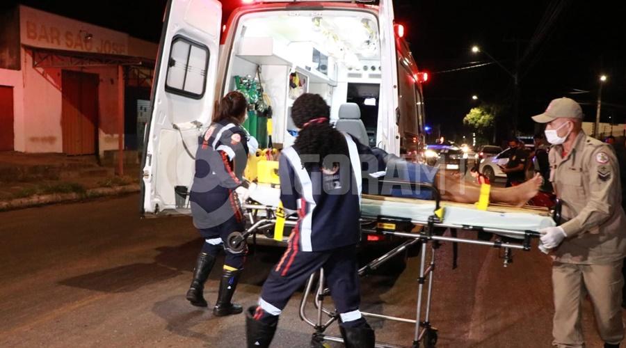 Imagem: Motociclista envolvida no acidente Motociclista entra na Avenida Goiânia e bate em entregador que estava na preferencial