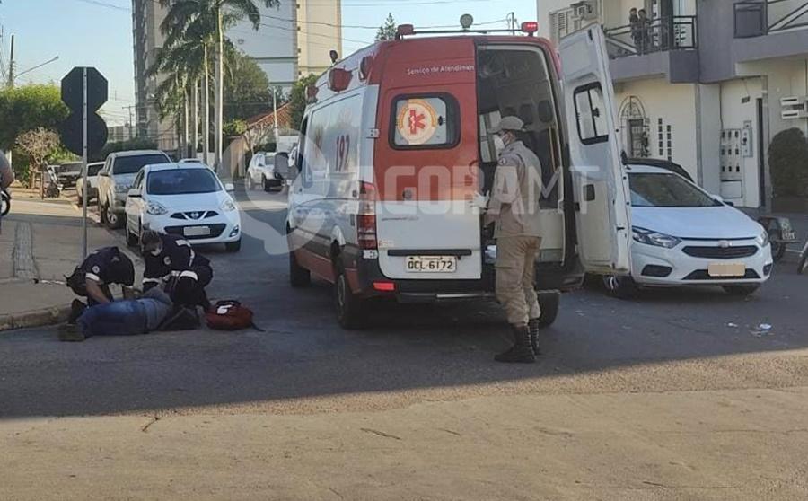 Imagem: acidente AndreiaOliveira Motorista invade preferencial e acaba acertando motociclista