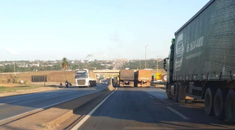 Imagem: congestionametno 364 Adonias cobra respostas sobre congestionamentos na BR-364