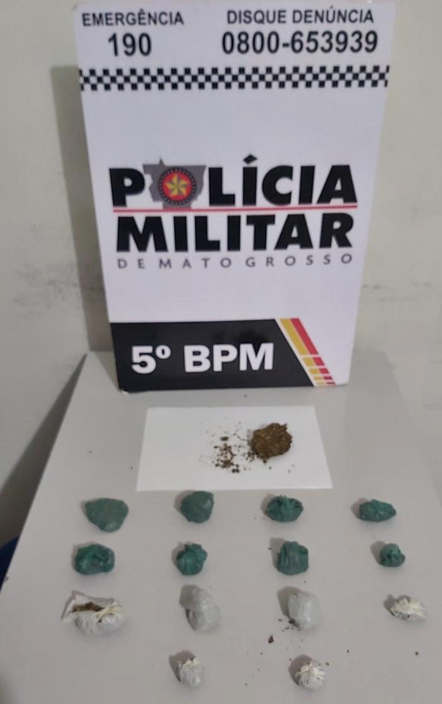 Imagem: droga gga Polícia apreende 16 porções de maconha em residência